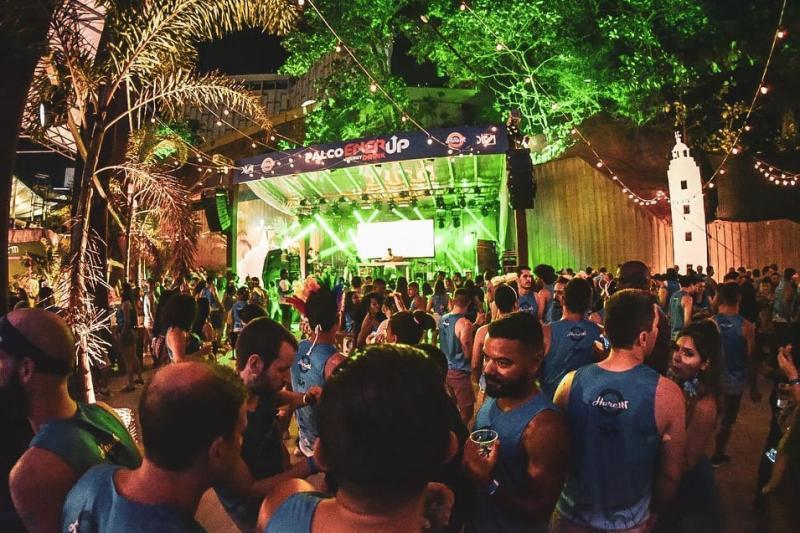Camarote Harém 2020 arrebata o coração e deixa o folião apaixonado no Carnaval