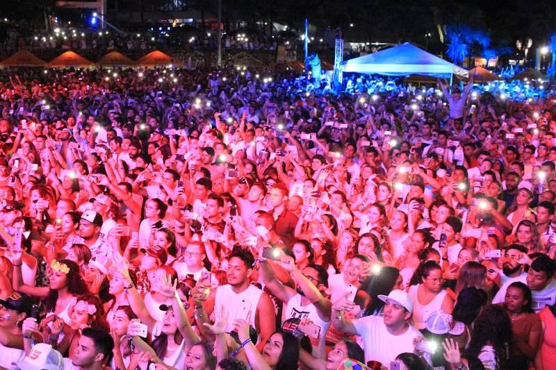 Confira a cobertura do show de Wesley Safadão no Euphoria Barramares em Luís Correia PI