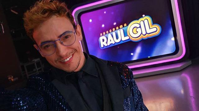 """Ricky Vallen apresenta show """"A Voz Mutante"""" em Salvador"""