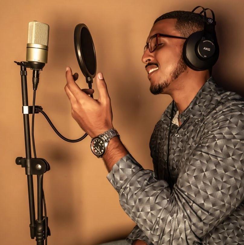 Ribeiro lança single 'Casa de Praia' no Youtube e plataformas digitais