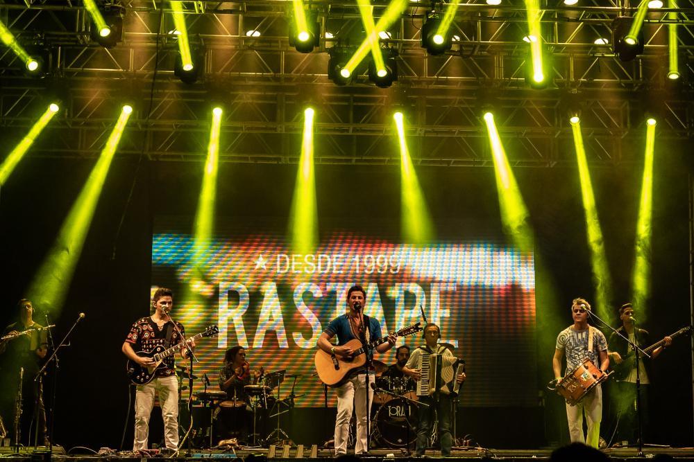 """Banda Rastapé faz live """"Em Casa"""" no próximo sábado"""